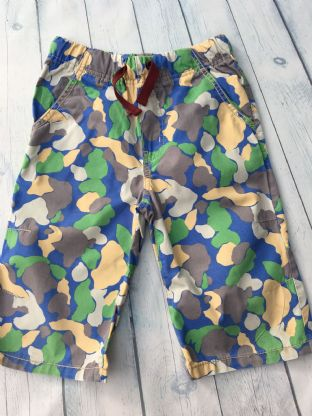 Mini Boden camo shorts with blue, green, yellow and grey age 9 (fits age 8-9)